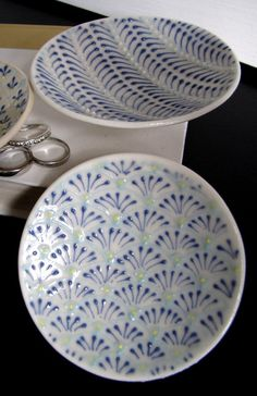 etsy-cynthiavardhan by Cynthia Vardhan of Columbus, OH: Petite Dish in Blues $25.00