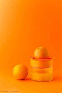 Orange still life produce photography arrangement Orange Aesthetic, Rainbow Aesthetic, Aesthetic Colors, Orange Pastel, Orange Color, Orange Twist, Orange Orange, Orange You Glad, Orange Is The New