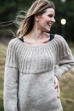 Opskrift strikket damesweater i to kvaliteter