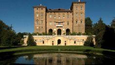 AGLIÉ (To)  Il Castello Ducale di Agliè è una delle residenze reali piemontesi più sontuose e suggestive. Un gioiello architettonico tutto da scoprire