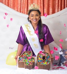 Popular Nollywood actress Mercy Aigbe has released beautiful photos of herself to celebrate her 40th birthday.            The act...