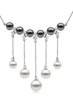 Black and White #Pearl Necklace