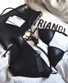 SO HOT. Triangl swimwear