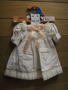 Kleid-mit-Spitzen-Laenge-28-cm-Meinesz-NR-509-1-08-ungebrauchter-Lagerbestand
