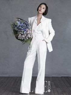 """Hwang Jung Eum Shows Off Her Stylish Bridal Look with """"Elle"""" Magazine Wedding Pantsuit, Wedding Dresses, Suits Korean, Hwang Jung Eum, Korean Wedding Photography, Pantsuits For Women, Pre Wedding Photoshoot, Wedding Photo Inspiration, Casual Wedding"""