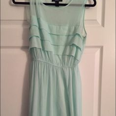 Beautiful mint green dress! Beautiful mint green dress from forever 21. In great condition! This is actually a re-posh cause I wasn't in love with the way it fit me but this could be a great fit for someone else! Please make me an offer! Not see through at all! (It comes with a slip that you wear underneath) Forever 21 Dresses Midi