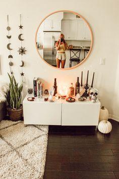 inspiring cozy apartment decor on a budget - Room Decor Interior Design Living Room, Living Room Decor, Room Design Bedroom, Cozy Apartment Decor, Cute Apartment, Small Cozy Apartment, Bedroom Apartment, Aesthetic Bedroom, House Rooms