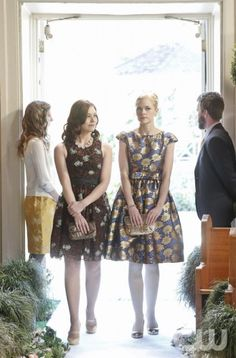 "Hart of Dixie -- ""Where I Lead Me"" -- Pictured (L-R): Kaitlin Black as Annabeth and Jaime King as Lemon -- Photo: Greg Gayne/The CW -- © 2013 The CW Network, LLC. All rights reserved."