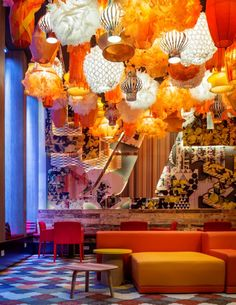 Amazing mix and match of lamps along with murals on the wall. Love this ECLECTIC look-and-feel! Generator Hotel Barcelona