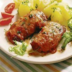 Pečené v rúre: Smotanové bravčové rezne s mozzarellou Meatloaf, Tandoori Chicken, Chicken Wings, Pork, Food And Drink, Cooking Recipes, Yummy Food, Dinner, Ethnic Recipes