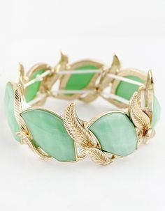 Green Gemstone Gold Leaves Bracelet - pretty little thing.
