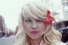 I have a red bow :)