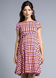 Retro mum for a spring picnic! $179.95#maternityfashion #pregnancydress #stylishpregnancy