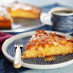 Lauri Tähkän toscakakku | Maku Sweet Pastries, Sweet Tooth, French Toast, Goodies, Food And Drink, Sweets, Baking, Eat, Breakfast