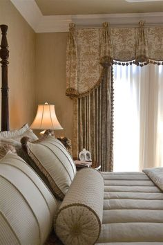 More than 40 ideas for bedroom curtains (for master bedroom, small … - Interior Design Curtain Styles, Curtain Designs, Curtain Ideas, Window Treatments Living Room, Custom Window Treatments, Bedroom Curtains With Blinds, Small Room Bedroom, Small Rooms, Bedroom Ideas