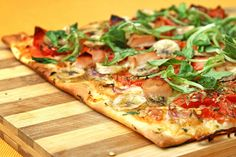 Pizza and Soda for Two or Four People at ZeroZero Pizzeria (Up to Off) Healthy Recipes For Diabetics, Easy Healthy Dinners, Diabetic Recipes, Clean Eating, Healthy Eating, Thin Crust Pizza, Italy Food, Healthy Pizza, How To Eat Paleo