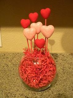DIY Home Decor : Another Valentines Topiary DIY Topiaries