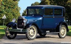 Vintage Cars 1928 Ford Model A Tudor Sedan American Classic Cars, Ford Classic Cars, Vintage Cars, Antique Cars, Ford Lincoln Mercury, Old Fords, Classic Motors, Mercury Cars, Sweet Cars