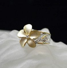 Denny Wong 14K Chandelier Plumeria Ring
