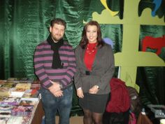 Η συγγραφέας του βιβλίου ΚΑΣΣΑΝΔΡΑ-ΤΟ ΜΥΣΤΙΚΟ ΤΗΣ ΜΑΓΙΣΣΑΣ, Δήμητρα Ιωάννου, μαζί με τον «οικοδεσπότη» Ερωτόκριτο Μαραγκουδάκη σε εκδήλωση στη Λαμία!