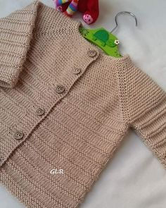 Baby Boy Cardigan, Knitted Baby Cardigan, Sweater Mittens, Knit Baby Sweaters, Toddler Sweater, Knit Baby Booties, Baby Cardigan Knitting Pattern Free, Baby Knitting Patterns, Baby Patterns