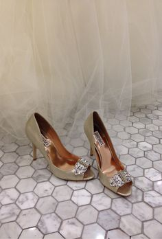Light gold wedding shoe from Badgley Mischka