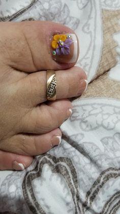 Feet Nail Design, Toe Nail Designs, Summer Toe Nails, Feet Nails, Sexy Toes, Class Ring, Pretty Toe Nails, Simple Toe Nails, Cute Nails