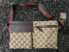 86d230a566a Details about F10 GUCCI Authentic GG Supreme Bumbag Fanny Pack Waist Pouch  Belt Bag Black