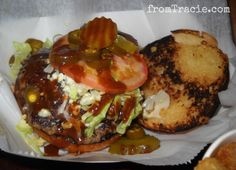 This Hamburger Will Make You Hungry Baked Potato, Hamburger, Make It Yourself, Cooking, Burgers, Ethnic Recipes, Fancy, Food, Kitchen