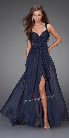 mira amor me gusto este vestido.