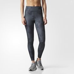 Set yourself up for a comfortable and focused run in these women's tights. Made of moisture-wicking fabric, the tights feature a sweat-guard zip pocket that helps keep your essentials dry. Ankle zips make them easy to get on and off over your shoes so you can keep moving.