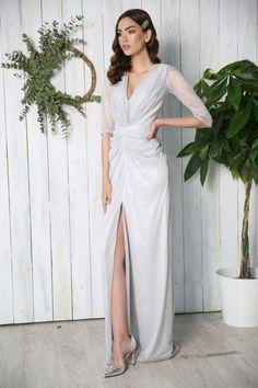 ROCHIE ARGINTIE CU CRAPATURA PE PICIOR KIM Wrap Dress, Gowns, Formal Dresses, Fashion, Mermaid, Vestidos, Dresses For Formal, Moda, Dresses