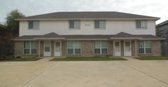4402 Jeff Scott, Killeen, TX 76549, 2 beds, 1.5 baths, 1008 sq ft For more information, contact Karen Doerbaum, Lone Star Realty & Property Management Inc., (254) 699-7003