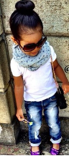 I wonder if the girl would wear a matching infinity scarf like her mama...  Beautiful baby