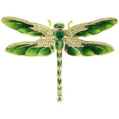 yellow gold antique style dragonfly brooch with green enamel wings, set with diamonds accents set in the torso and on the wings and cabochon green emerald body and enamel eyes. Emerald Jewelry, Rose Gold Jewelry, Enamel Jewelry, Antique Jewelry, Vintage Jewelry, Bijoux Art Nouveau, Art Nouveau Jewelry, Jewelry Art, Fine Jewelry