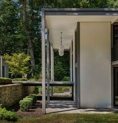 DeSilver House - John Black Lee - New Canaan - exterior side