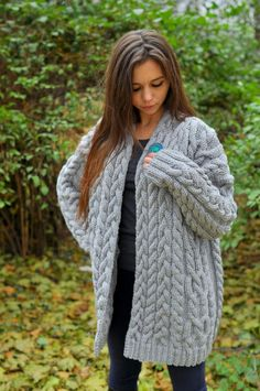 Knitted women cardigan, handmade work, very soft cardigan for women, very beautiful model for any woman Long Cardigan Coat, Grey Cardigan, Best Cardigans, Cardigans For Women, Beautiful Models, Gorgeous Women, Thick Sweaters, Women's Sweaters, Handmade Clothes