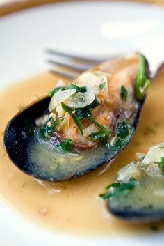 Delicious Mussels in a White wine and Herb Sauce