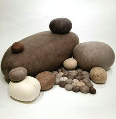 Stone pillows available at Smarin and Amaridian