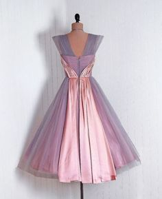 Vintage-1950s-tulle-cocktail-prom-party-dress-lilac-pink-satin-train