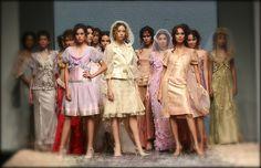 Yoswadee : Bangkok International Fashion Week 2007 S/S Sweet for the sweet! This summer, Timeless Romantic Collection presents ultra feminine and charming Pastel creations, a harmonious combination  Re-Master for Thai Fashion ครั้งแรกของ BIFW ชมภาพทั้งหมดได้ที่ ThaiCatwalk : http://thaicatwalk.com/?p=1975None
