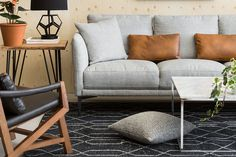 Summer home décor inspirations start with colourful accents and contemporary statement pieces that will liven up your space.