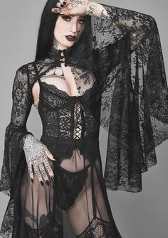 Gothic Girls, Hot Goth Girls, Goth Beauty, Dark Beauty, Bettie Page, Classic Wedding Hair, Hot Tattoo Girls, Steam Girl, Gothic Outfits