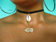 Quartz point and cowrie shell choker