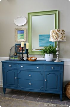 aubusson blue chalk paint - try painting furniture a color instead of always white