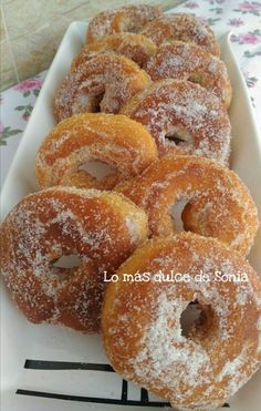 Roscos de naranja | Cocina Mexican Food Recipes, Sweet Recipes, Dessert Recipes, Yummy Treats, Delicious Desserts, Sweet Treats, Spanish Desserts, Spanish Food, Sweet Bakery