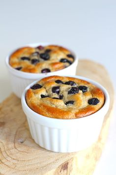 Breakfast tarts with banana and blueberries - ENJOY! The Good Life - Breakfast tarts with banana and blueberries – ENJOY! The Good Life - Gourmet Recipes, Low Carb Recipes, Healthy Recipes, Healthy Breakfasts, Healthy Sweets, Healthy Baking, Food Porn, Happy Foods, Love Food