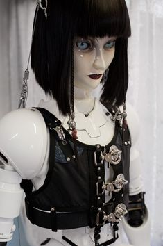 Synthetic Ghost - She is one creepy robot. But, she has her own blog on tumblr!