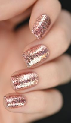 Gorgeous glitter rose gold nail look  Professional nail colors gel nails gel polish at home manicure colors