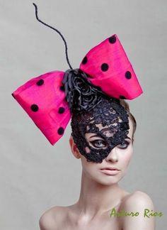 Halloween Costume Inspiration: Lace Mask